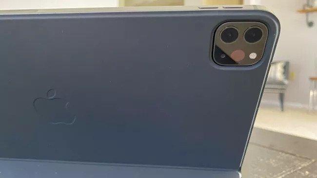 دوربین آیپ پرو ۱۲.۹ اینچی ۲۰۲۰
